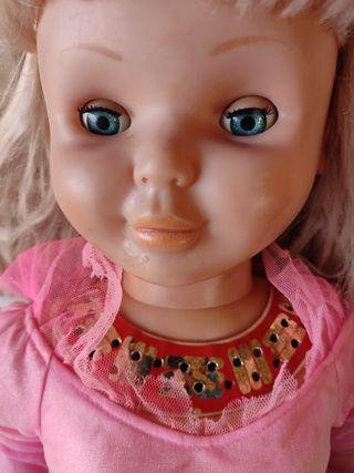muñeca famosa tipo Rosaura