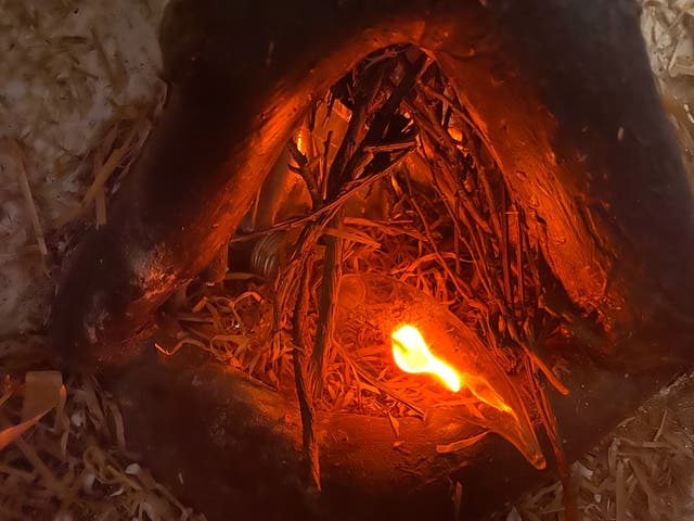 Pesebre de Piedra y Madera . Portal de Belén