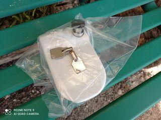 Vendo cerradura seguridad Fiamma con dos llaves .