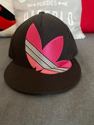 OFERTA Gorra Adidas rosa y negra visera plana