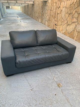Sofá piel gris
