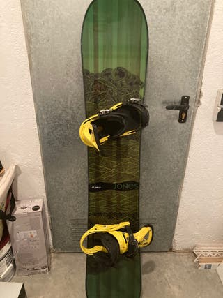 Tabla snowboard Jones Mountain twin 154