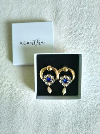 Pendientes dorado con perla estilo vintage Acantha