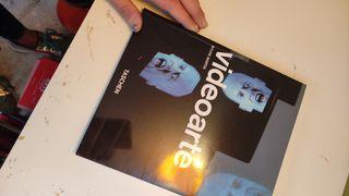 4varios libros arte digital, Polaroid y fotografía