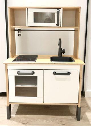 Cocinita Ikea con accesorios NUEVA