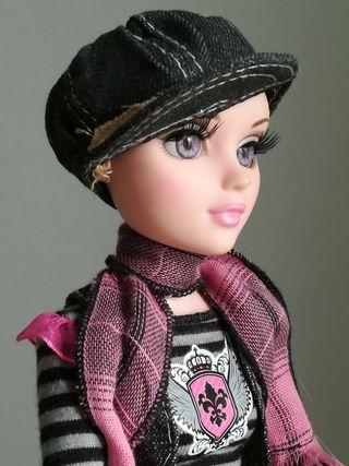 Moxie Teenz. Nancy de famosa y más en mi perfil.