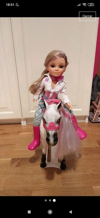 Nancy con caballo original