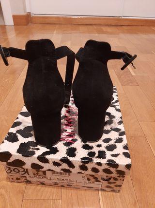 sandalias negras (marypaz)