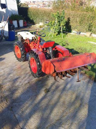 tractor pasculi con rotabator,arado y carro