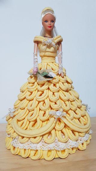 Muñeca Barbie princesa vestido papel hecho a mano