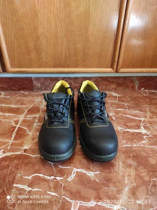 Zapatos de seguridad nuevos talla 43