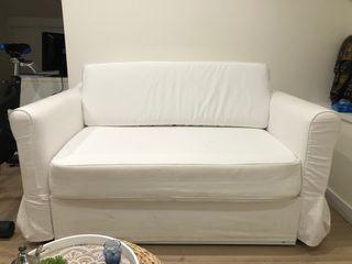 Sofá cama IKEA 2plazas.Modelo HAGALUND.Buen estado