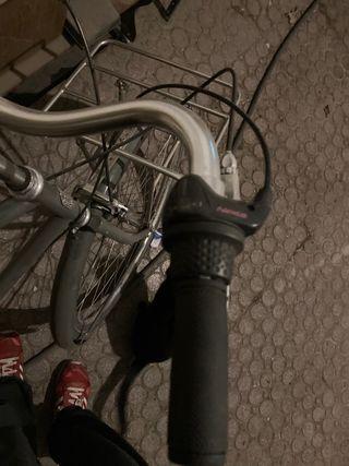 Vendo bici muy nueva con poco uso
