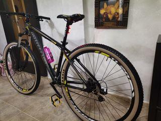"""bicicleta de montaña 29"""" negra mate/amarillo"""