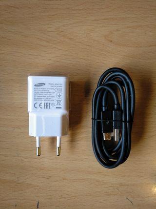 Cargado Samsung 2A-(Con Cable Tipo C)-