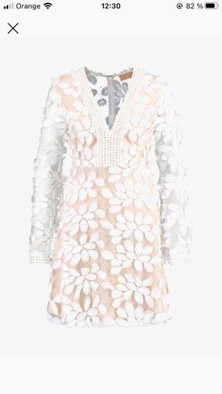 Vestido de fiesta blanco y nude de Love Triangle