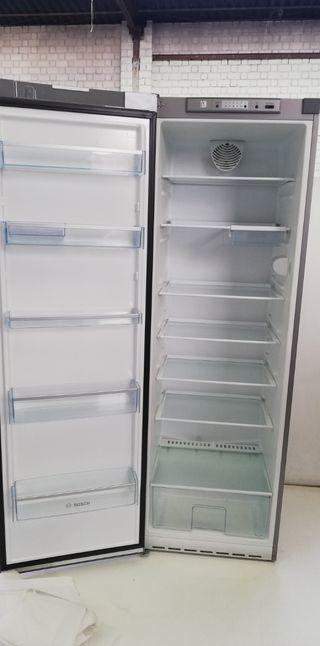 Nevera BOSCH refrigerada (SOLO FRIO) no fros 1,85m