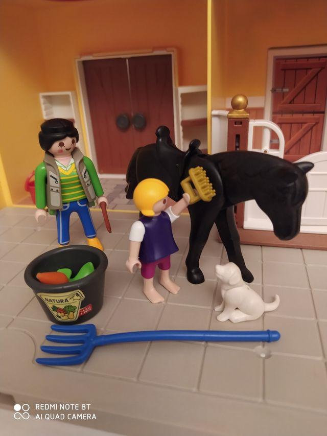 Cuadra de caballos Playmobil