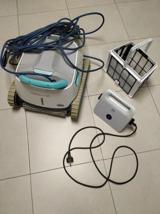 Robot limpiafondos Dolphin Formula 30