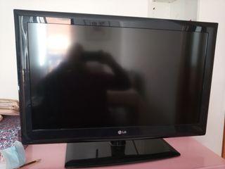 TV LG 32LE4500