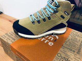 Botas de caminar Nuevas