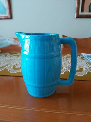 jarrón de porcelana azul