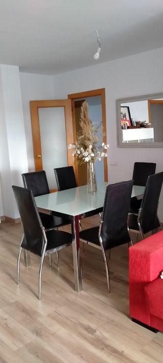 URGE VENDER Conjunto mesa y sillas comedor