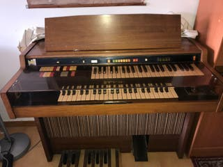 Se vende órgano hammond