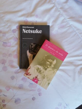 Netsuke / El Abanico de seda