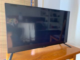 "LG 40"" LED IPS 4K UltraHD"
