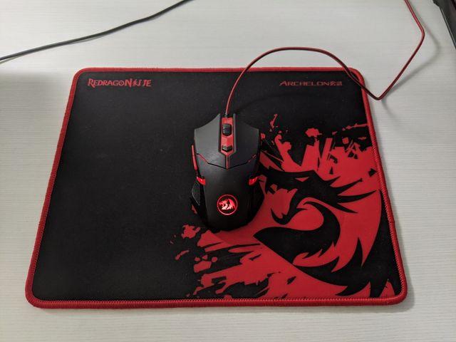 Ratón led rojo y alfombrilla gaming
