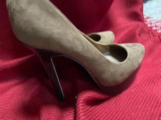 Zapatos de tacón y plataforma. Número 40
