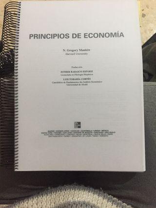 Principios de economía de N. Gregory Mankiw