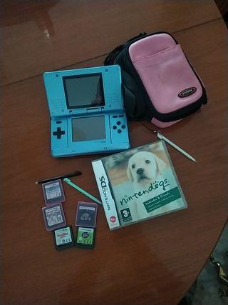 Nintendo DS + juegos + funda + lápices