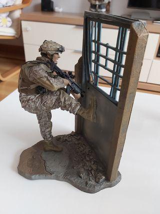 Figura Militar MC Farlane Serie 5