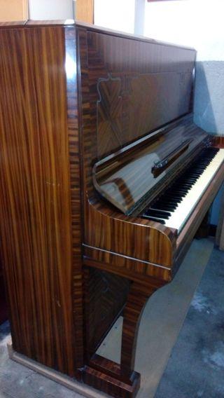Piano de pared Monarch Baldwin (1914)