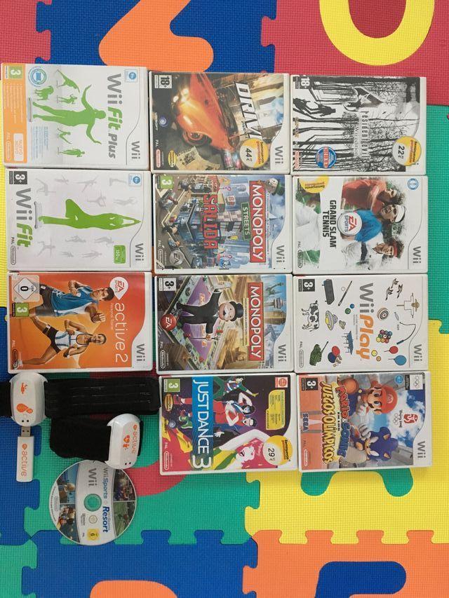 Nintendo Wii con accesorios extra + tabla + juegos