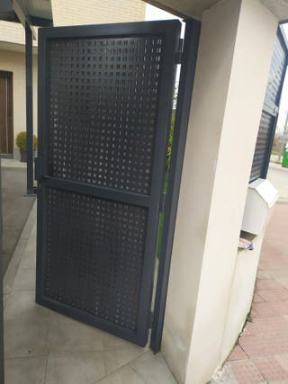Puerta de entrada exterior