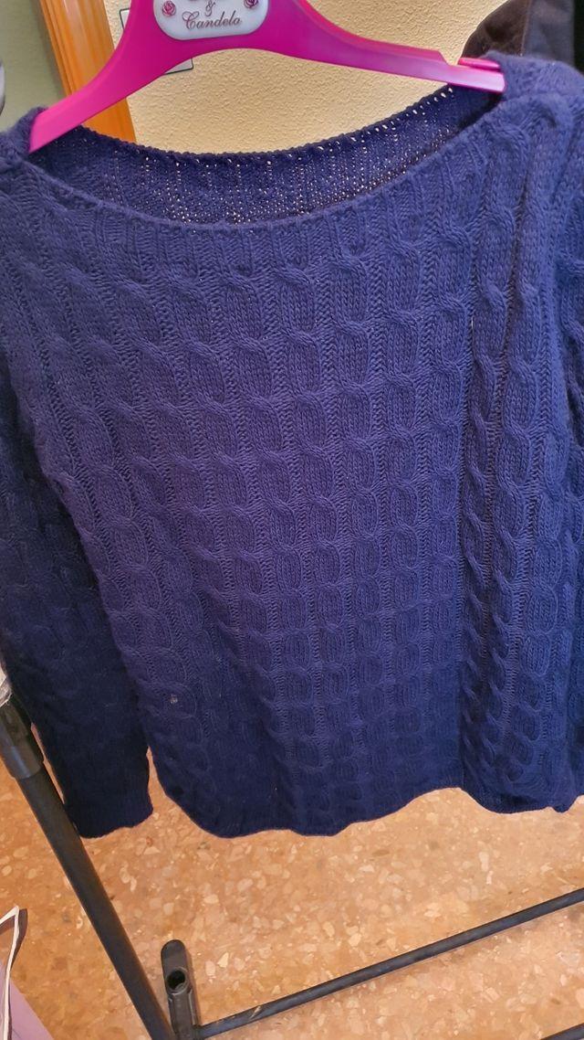 Suéter gordito azul