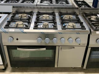 cocina a gas con horno 6 quemadores serie europea