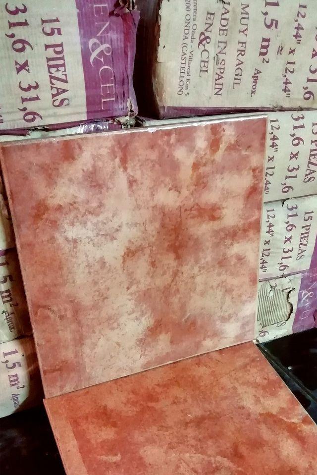 Lote Pavimento azulejo rústico color teja
