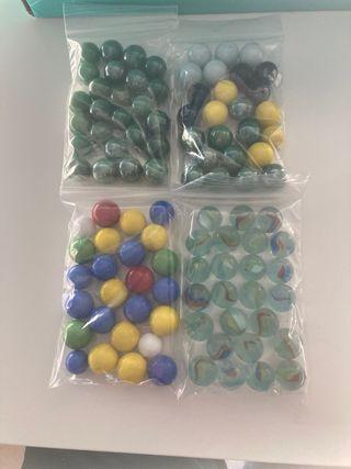 Canicas de vidrio de colores