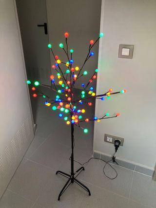 Árbol de navidad de luces de colores