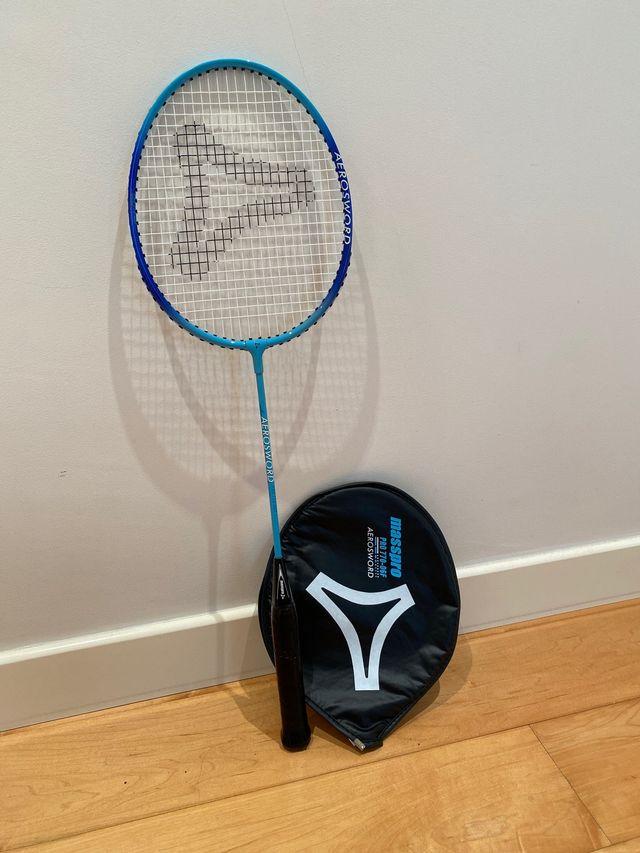 Raqueta badminton