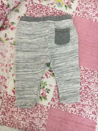 Pantalón niño Zara Babyboy talla 9/12 meses.