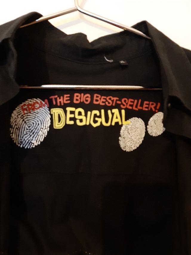 Camisa negra Desigual
