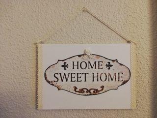Cuadro decoración de madera, papel y puntilla