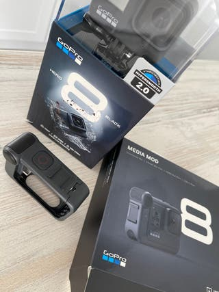 GoPro Hero 8 black + Media Mod