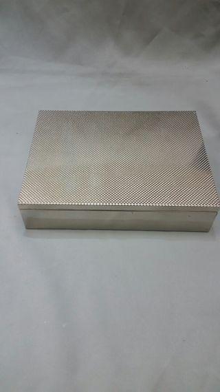 Caja Plateada