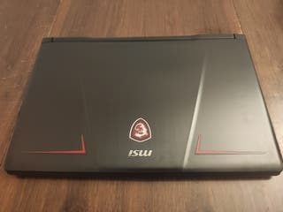 Portátil gaming MSI GP73 Leopard 8RD-289ES